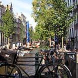 Gracht in Amsterdam - © Kristin Scharnowski / pixelio.de