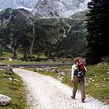 Wandern in den Bergen, Reisewetter im September - © Dietmar Meinert / Pixelio.de