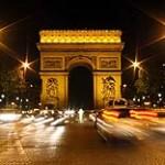 Städtereise Paris, Arc de Triomphe - © Pixelio.de