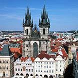 Städtereise Prag - Teynkirche in der Altstadt - © GiRom / Pixelio.de