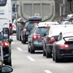 Stau auf der Autobahn - © Rainer Sturm / pixelio.de