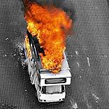 Feuer im Wohnmobil - © Uwe Schwarz / Pixelio.de
