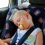 Kindersitz im Auto / © I. Friedrich  / pixelio.de