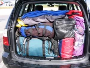 Vollgepackter Kofferraum - © Erich Keppler / pixelio.de