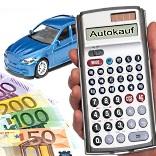 Geld sparen beim Autokauf - Thorben Wengert / pixelio.de