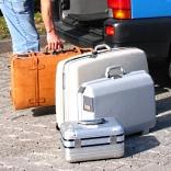 So unterschiedlich können Koffer sein - © RainerSturm / pixelio.de