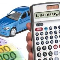 Richtig rechnen beim Leasing - © Thorben Wengert / pixelio.de
