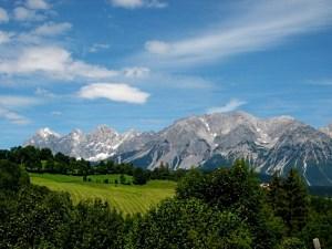 Blick auf den Dachstein im Sommer - © Karl-Heinz Liebisch / pixelio.de