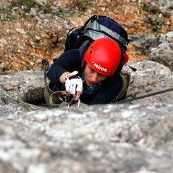 Sichern am Klettersteig - Dietmar Meinert / pixelio.de